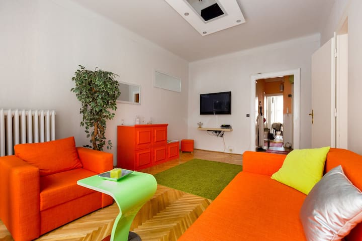 Dream Location, free Wifi - Budapest - Apartment