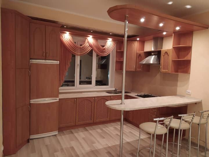 Двухкомнатная квартира с кухней студией Бровары.
