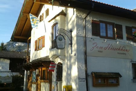 Nettes Haus in sonnige Ruhpolding - Bed & Breakfast