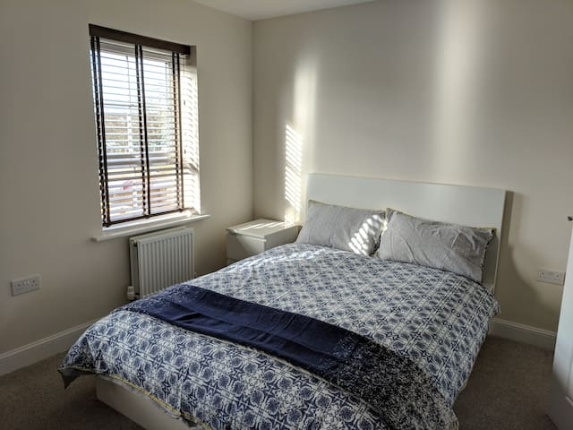 Spacious double room @Sandbach, off J17, M6
