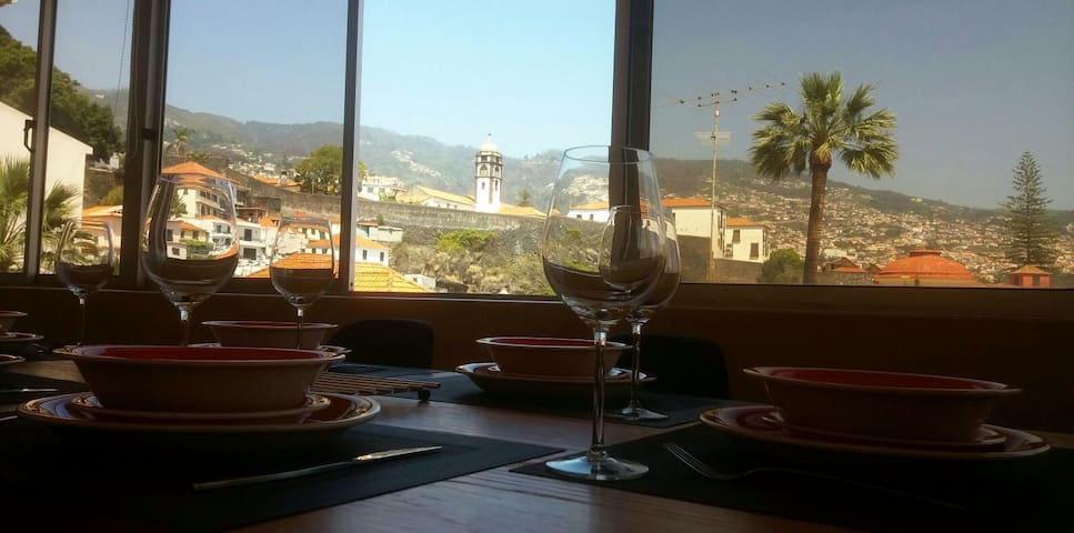 Funchal Center Superb view (FREE WIFI) - Funchal - Huoneisto