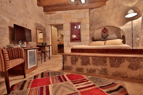 Double Room With Pool Usage And Breakfast - Goreme