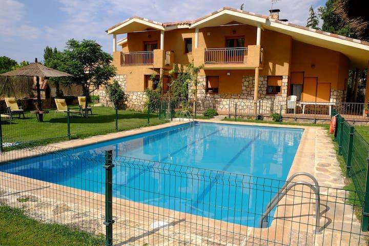 Casa Rural EL CAZ