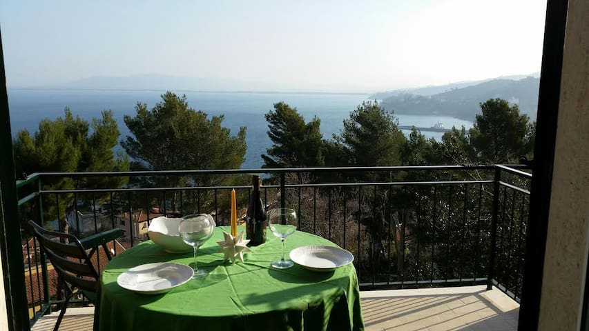 Sweet terrace in front of the sea - Porto Santo Stefano