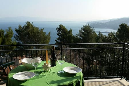Sweet terrace in front of the sea - Porto Santo Stefano - Apartment