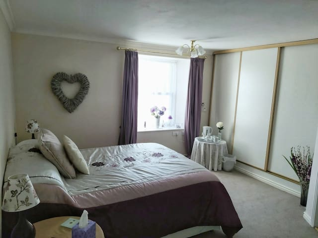 Homely bed & breakfast in Mid Devon Bedroom 2