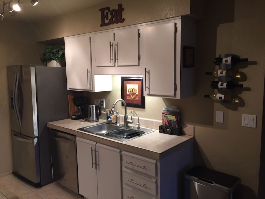 Kitchen with all Stainless steel appliances  incl dishwasher and Filtered water and ice