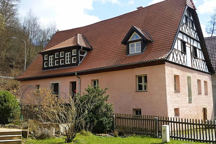 Holiday in a historical building in the heart of the Franconian forest.