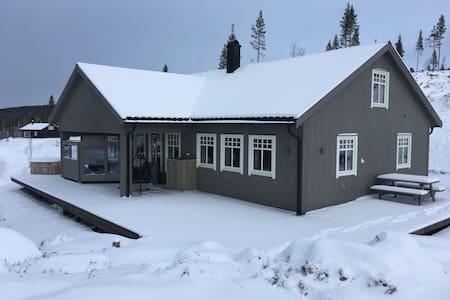 Hemsedal Golfalpin-Stor fam.hytte - Hemsedal - 小木屋