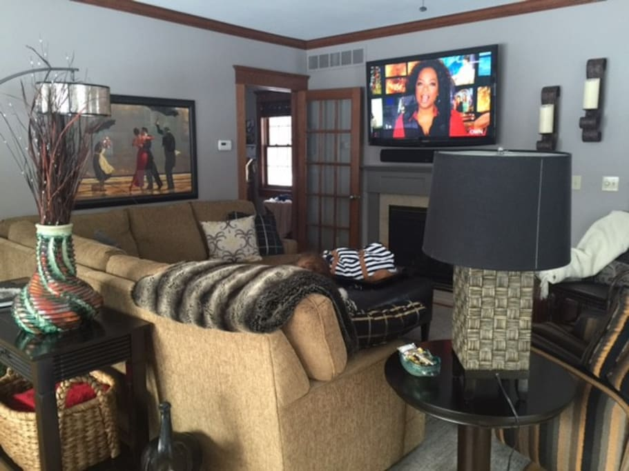 Family Room with Big Screen TV & Fireplace