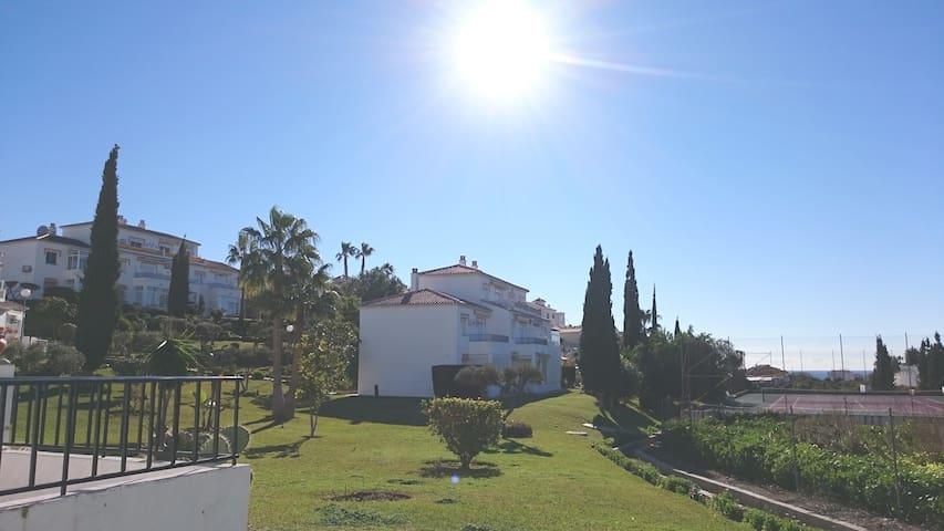 Torrox Park Garden Flat Andalucia - Torrox - Huoneisto