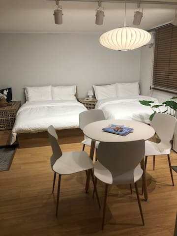 [new] H Cozy House-1min to Hongik Uni, freewifi