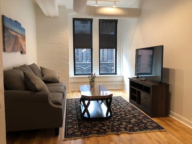 Woolworth Lofts - 2 Bedroom (301)