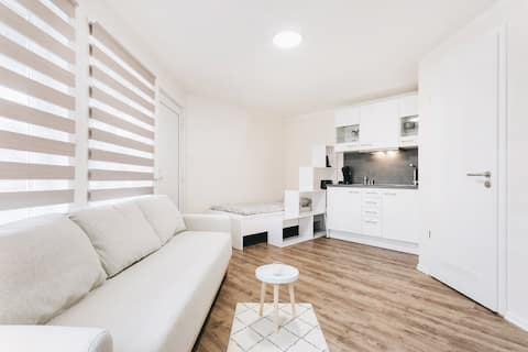 Gentilly Park Apartment 24a