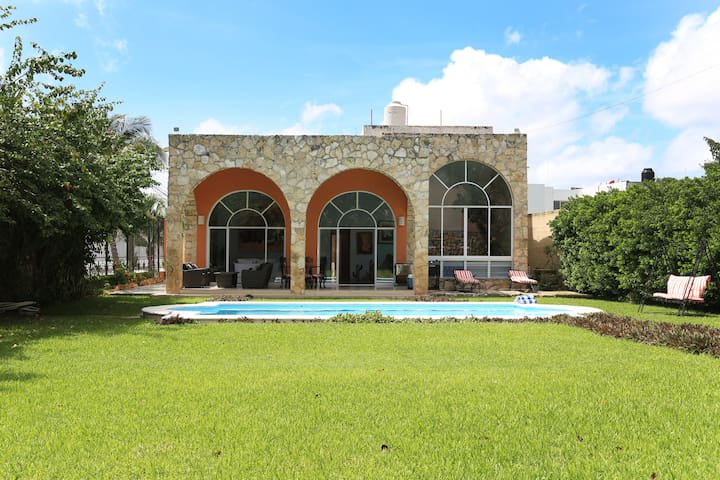 Beautiful house with pool/garden in Mérida north