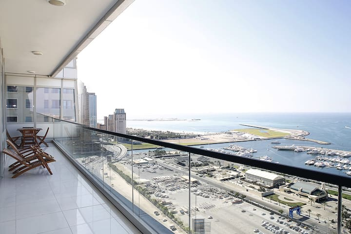 Enjoy the best view in Dubai