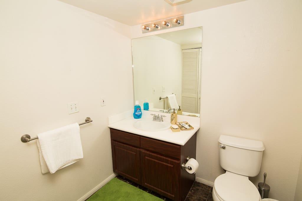 Private Bath- Clean Towels