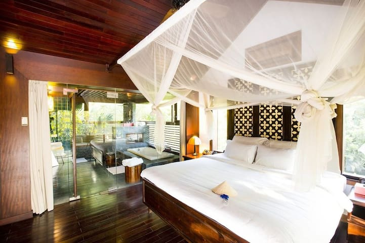 Exquisite Villa on Saigon River!