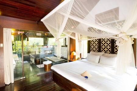 Exquisite Villa on Saigon River! - Hô-Chi-Minh-Ville