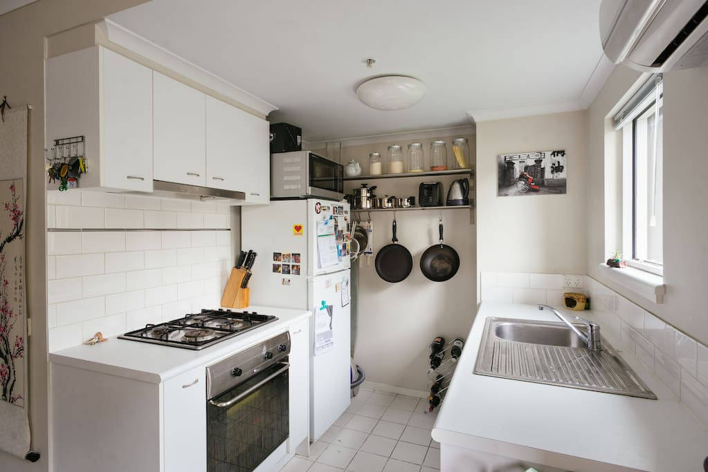 Well equipped kitchen for all your basic cooking needs. Cook dinner or cross the road for 5 takeaway options just metres away!