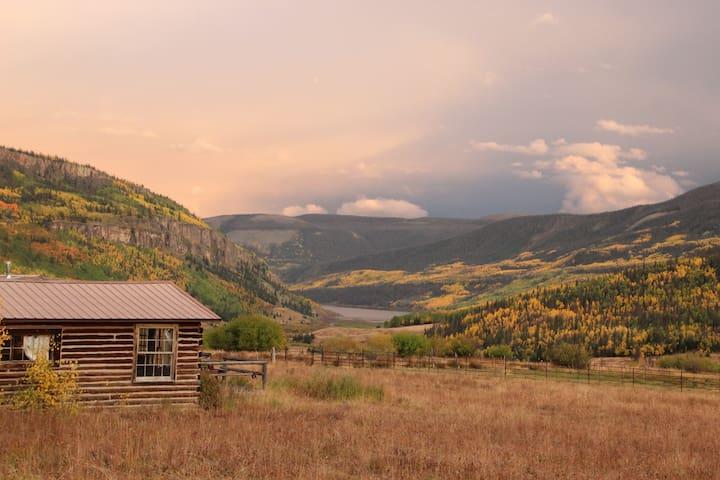 Aspen Grove of Lost Trail Ranch - Creede - Cabin