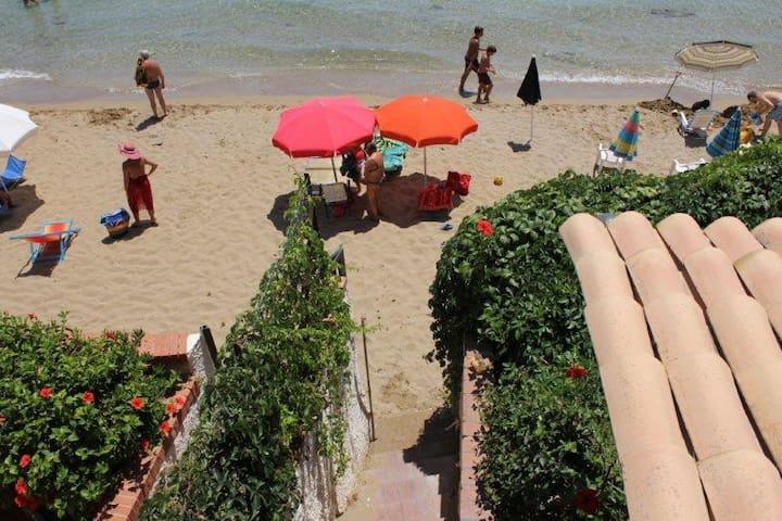 Direttamente sulla spiaggia - Lido di Noto - Bungalow