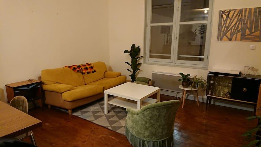 CHAMBRE double - Appartement spacieux CENTRE VILLE