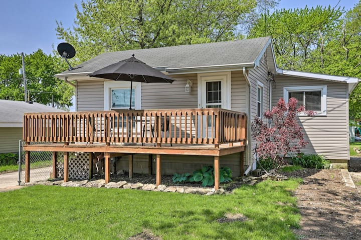 NEW! Port Clinton Home w/ Deck - ½ Block to Lake!