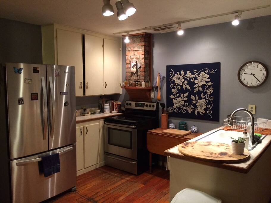 You get full access to the kitchen, all appliances, and kitchenware
