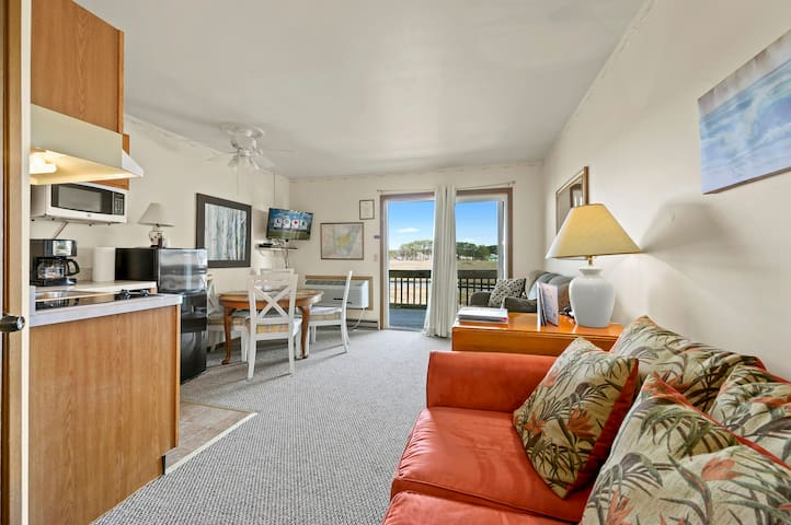 Beautiful Assateague Inn 206 - Saltmarsh Overlook