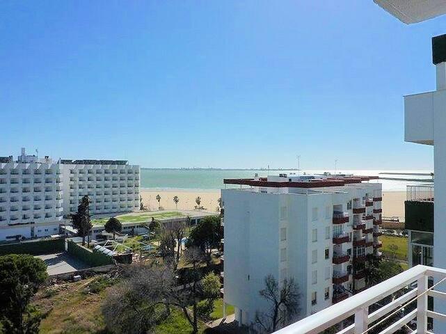 Piso amplio y al lado de la Playa - El Puerto de Santa María - House