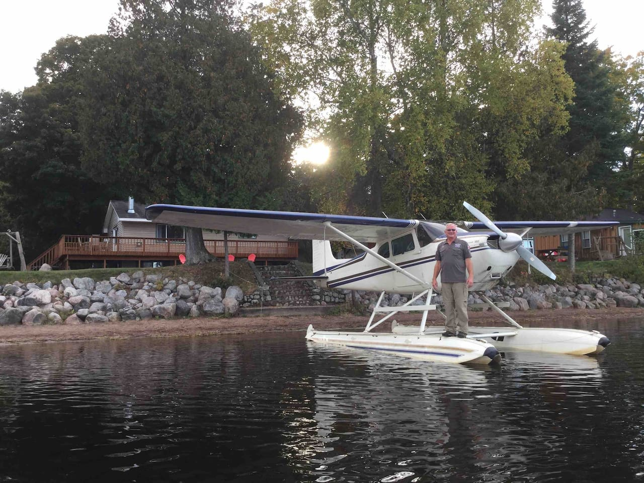 We offer scenic flights in a seaplane.   Bill Lauer is an experienced pilot who is certified for scenic flights.