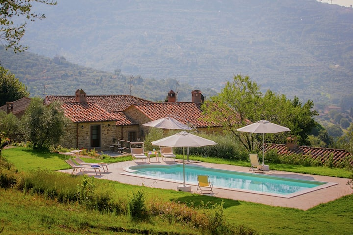 Chique villa in Cortona met een zwembad