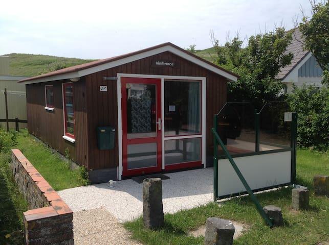 Knus huisje 400 mtr van het strand - Callantsoog - Houten huisje