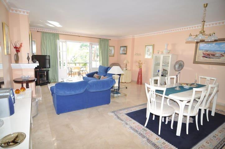 Luxury El Presidente Apartment close to Marbella