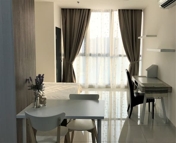 PJ NEW!! Studio Apartment @ Atria Shopping Gallery - Petaling Jaya - Apartamento