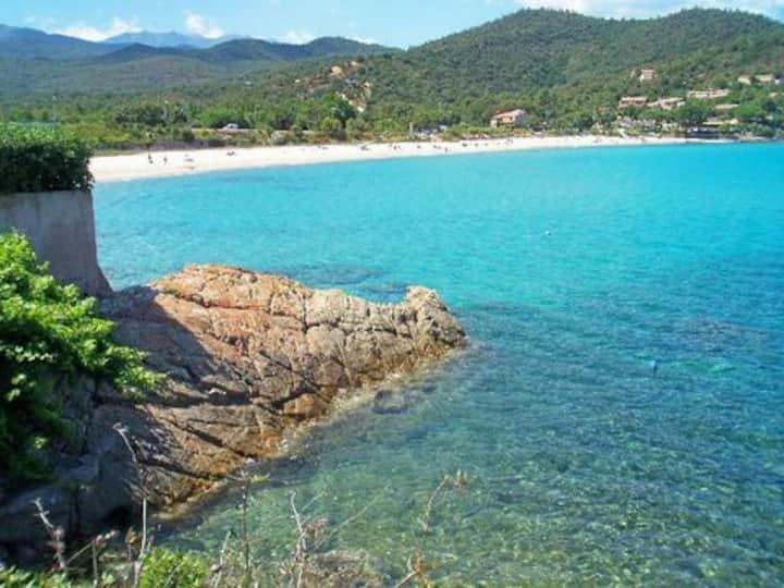 mini-villa - terrasse vue mer à 180°, plage 300 m