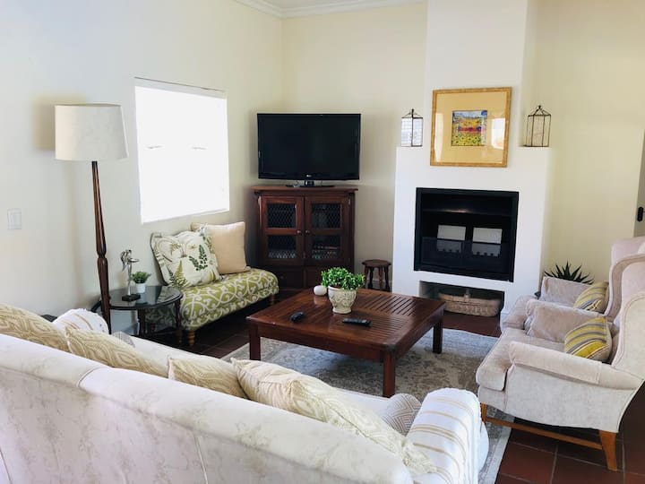 Lovely House in a secure Golf Estate in Paarl