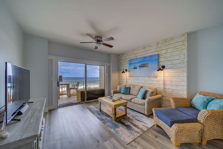 QUIET LUXURY BEACHFRONT GULF VIEW, NEWLY RENOVATED