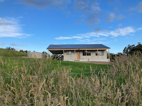 Kookaburra Cottage, Country Retreat