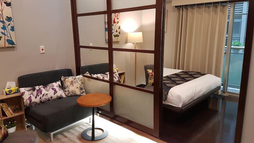 【優質的家 Elegant】溫馨 2/3人房。西門捷運只要5分鐘/電梯大樓/獨立陽台/訂房首選