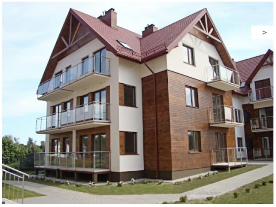 Duże, szerokie balkony