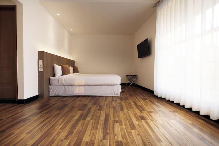 Premier Deluxe Double Room