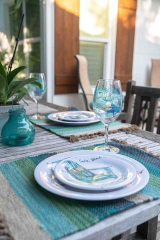 Outside Patio/Pool Safe Dinnerware