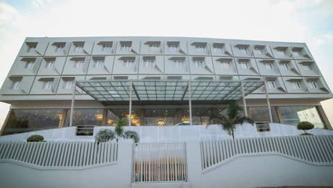 CITADEL HOTELS & CONVENTIONS BY VINNCA - Hyderabad