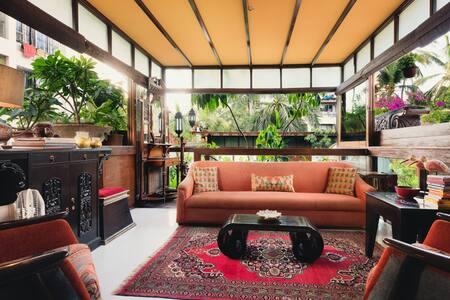 Lush, green abode in Bandra, Mumbai - Mumbai