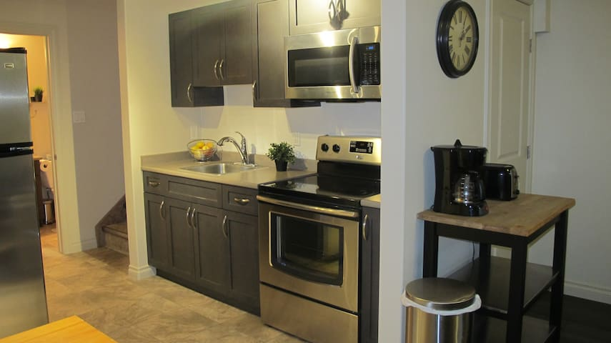 Modern One Bedroom Suite in Cold Lake