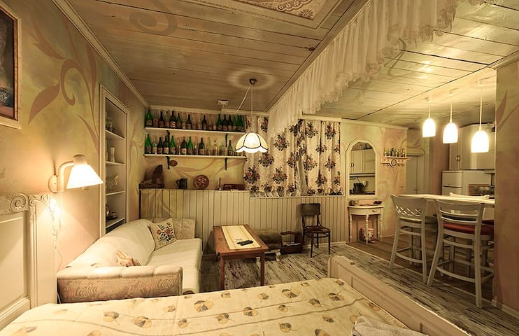 The Studio, Chamurkov guest house