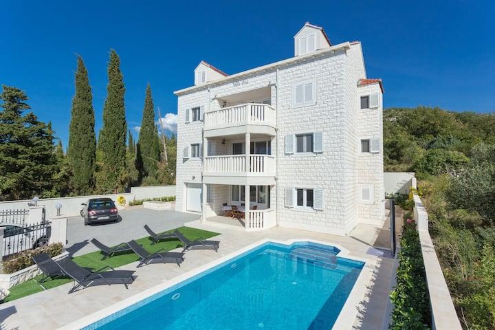 Villa Ana - 2 Bedroom apartment