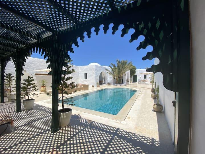 Authentique Maison Djerbienne avec piscine privée